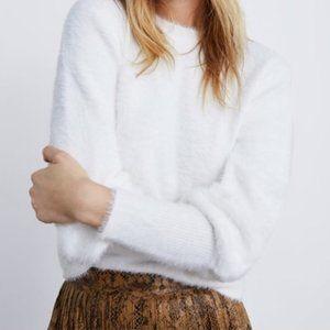 NWT ZARA TRAFALUC Fuzzy Sweater Top
